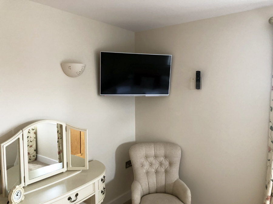 Flat Screen TV installation Somerset