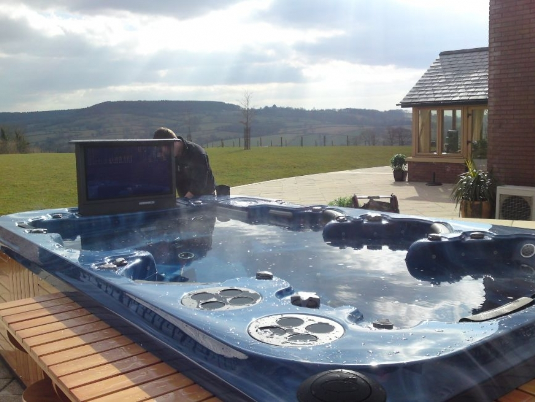 with tub whirlpool hot view freestanding product spa tv waterfall